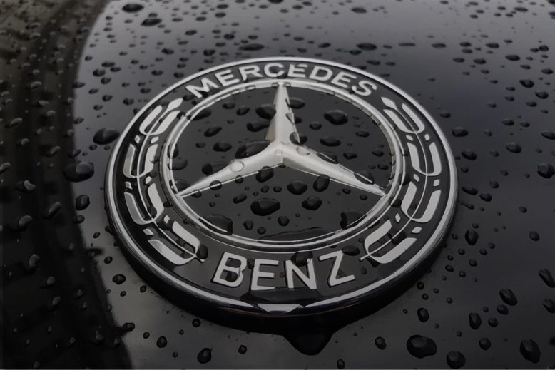 Mercedes Benz car